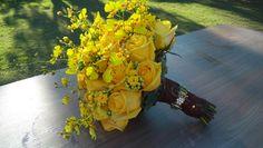 Buquê de noiva - Rosas amarelas com orquídea chuva de ouro - by Paulo Lima Decorador
