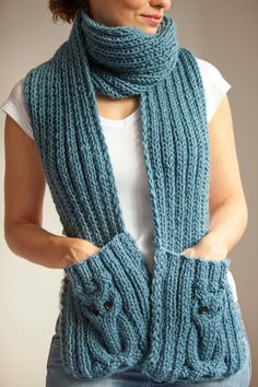 Blue Owl Scarf With Pockets – Awesome Knitting Ideas and Newest Knitting Models Crochet Scarves, Crochet Shawl, Hand Crochet, Crochet Baby, Knit Crochet, Loom Knitting, Hand Knitting, Owl Scarf, Scarf Hairstyles