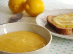 Lemon Curd (Curd de Lim�o) - Veja mais em: http://www.cybercook.com.br/receita-de-lemon-curd-curd-de-limao.html?codigo=98654