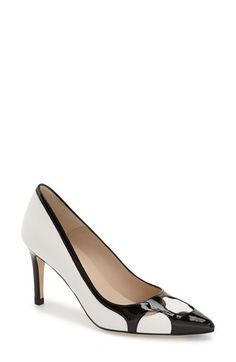 Women shoes High Heels - - - Women shoes Classy Work Outfits - Women shoes With Jeans Winter Pretty Shoes, Cute Shoes, Adidas Shoes Women, Shoes With Jeans, Formal Shoes, Womens Shoes Wedges, Women's Pumps, Summer Shoes, Women's Shoes Sandals