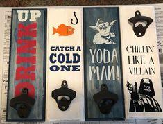 Vinyl Crafts, Wooden Crafts, Vinyl Projects, Diy Craft Projects, Diy Bottle Opener, Beer Bottle Opener, Crochet Craft Fair, Crochet Crafts, Christmas Craft Fair