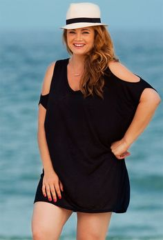 Enjoy Your Cruise In Plus Size, Beach Outfits, Plus size cruise dresses which help enhance the natural beauty of the bodies of the plus size women. The amazing range of cruise outfits for plus size. Outfits Plus Size, Big And Tall Outfits, Dress Plus Size, Plus Size Jeans, Cruise Attire, Cruise Dress, Cruise Outfits, Vacation Outfits, Swimsuits For All
