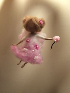 Needle felted Angel in pink dress with rose Waldorf by DreamsLab3                                                                                                                                                                                 Mais