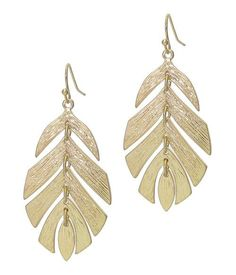 Make a statement this summer with these beautiful large leaf earrings! Feather Earrings, Leaf Earrings, Toe Ring Designs, Silver Anklets, Silver Ring, Black Jewel, Golden Jewelry, Leaf Pendant, Chains For Men
