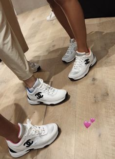 Friends who wear Chanel together, stay together. Chanel Sneakers, Sneakers Fashion, Fashion Shoes, Cute Sneakers, Shoes Sneakers, Mode Adidas, Aesthetic Shoes, Hype Shoes, Fresh Shoes
