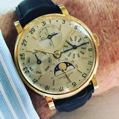 """""""A magnificent Audemars Piguet ( reference 5516 perpetual calendar. Read our Rare Watches and Important Discoveries…"""" Swiss Luxury Watches, Swiss Army Watches, Luxury Watches For Men, Amazing Watches, Beautiful Watches, Cool Watches, Rolex, Audemars Piguet Watches, Watches Photography"""