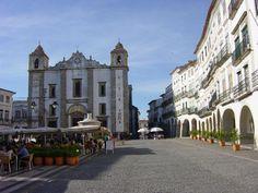 Praça do Giraldo_ Pousada de Évora
