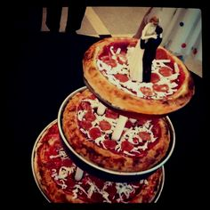 'Pizza' Wedding Cake. This one will have to be for the kids table for sure.