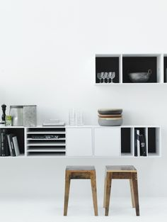 N0.5 is a modular storage system with endless configuration possibilities. The modules are all the same size with one large and one small compartment. These can then be fitted with doors, drawers and shelves which open with touch latches. N0.5 can be wall mounted or free standing, on plinth or legs. The back of the …
