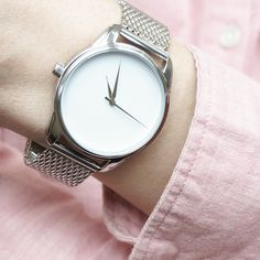 Minimalist Metal Silver Watch Men and Women Casual Wristwatch Stainless Steel - Wristwatches