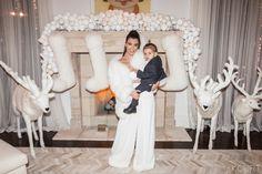 Kourtney Kardashian shares pic of Kris Jenner posing with ex Caitlyn Estilo Kardashian, Kardashian Jenner, Kourtney Kardashian, Kardashian Fashion, Kylie Jenner, Christmas Mantels, White Christmas, Christmas Eve, Christmas Decorations