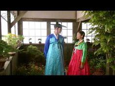 """5分でわかる「太陽を抱く月」~第2回 ふたつの月~ 韓国で視聴率46%を記録した超話題作!ベストセラー小説が原作の""""ファンタジー・ロマンス史劇""""。舞台は朝鮮王朝の架空の時代。史実に縛られずロマンスや陰謀をドラマチックに描く!  うっかり見逃した、もう一度みたい・・・そんなあなたはこの5分ダイジェスト版をチェック!    第2回「ふたつの月」   王が息子フォンの新しい講師を決めるが、まだ17歳の若い講師と知り憤慨する。  フォンは少女ヨヌに再び会いたいと願っていた。一方、長旅から戻った陽明君(ヤンミョングン)は、真っ先に恋しいヨヌに会いに行く。親友であるヨヌの兄、ヨムとウンとは久々の再会を喜ぶ。  第2回を5分のダイジェスト版でご紹介!  NHK BSプレミアム 毎週日曜 午後9時~ (C)2012 MBC    番組HPはこちら「http://www.nhk.or.jp/kaigai/taiyou/」"""