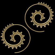 https://www.etsy.com/nl/listing/176178208/beautiful-decorated-brass-hook-earrings?ref=sr_gallery_3
