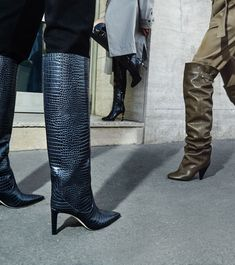 All The Boot Trends You Need This Autumn/Winter Season High Heel Boots, Knee Boots, Heeled Boots, Vogue, Crazy Shoes, Dream Shoes, Autumn Winter Fashion, Fall Fashion, Style Fashion