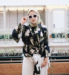New fashion vintage casual chic 66 Ideas Hijab Fashion Summer, Muslim Fashion, Modest Fashion, Fashion Outfits, Fasion, Fashion Ideas, Casual Chic, Casual Hijab Outfit, Dress Casual
