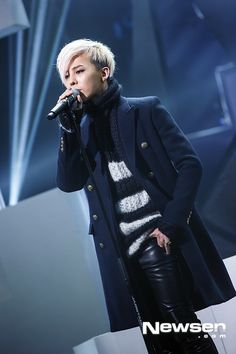 One of my very favorite looks .... Ji were  you born to stand out.