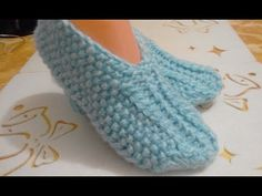 СЛЕДКИ СПИЦАМИ. МАСТЕР КЛАСС. Knitting Socks, Baby Knitting, Crochet Baby, Tunisian Crochet, Baby Patterns, Fingerless Gloves, Arm Warmers, Baby Shoes, Slippers
