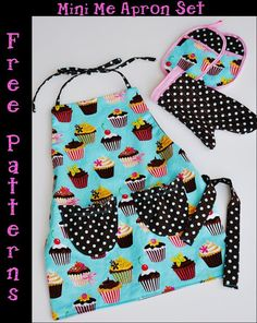 Free pdf with printable patter for full set pictured. Apron, mitt, and hot pad set for kids!
