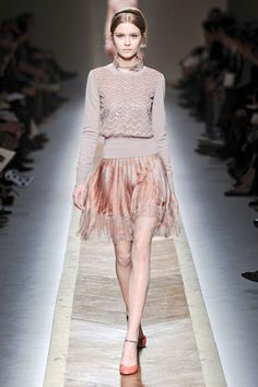 ... things lovely: More Valentino {Runway, Fall 2011 Ready-to-Wear}