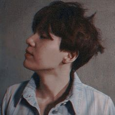 Page 2 Read ESPECIAL pictures from the story 𝖗𝖊𝖆𝖈𝖈𝖎𝖔𝖓𝖊𝖘 ㅡ min yoongi by jimin_mi_bias (𝐦𝐢𝐧 𝐦𝐢𝐧) with reads. Bts Suga, Min Yoongi Bts, Namjoon, Daegu, Jung Hoseok, Foto Bts, K Pop, Mixtape, Rapper