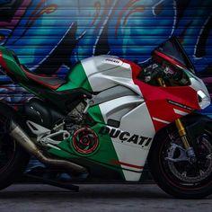 Ducati Desmo, Ducati Motorbike, Ducati 1299 Panigale, Moto Ducati, Motorcycle Bike, Motorcycle Touring, Scrambler, Moto Wallpapers, Street Racing Cars