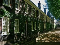 At the Geffrye Almhouses article by Spitafields Life. http://spitalfieldslife.com/2011/05/04/at-the-geffrye-almhouses/