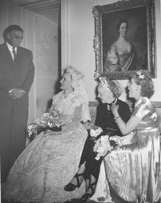Elsie de Wolfe fue pionera del arte de decoración de interiores en los Estados Unidos. En la foto, con Elisabeth Marbury,  su pareja por cuarenta años.