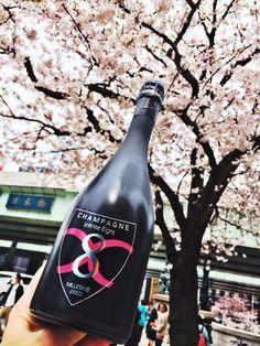 Champagne Infinite Eight & Sakura