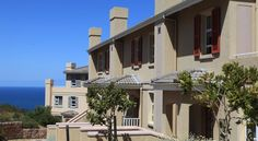 For a coastal or golfing holiday that is guaranteed to be both luxurious and memorable, Pinnacle Point Beach & Golf Resort provides the highest standard. South Africa, Real Estate, Luxury, Beach, Garden, Outdoor Decor, Garten, The Beach, Real Estates