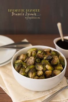 1100 kcal balanced menu - side dish - snack - low carb menu - Balsamic Roasted Brussels Sprouts