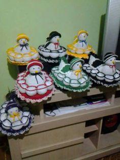 Crochet Birds, Easter Crochet, Crochet Animals, Crochet Yarn, Crochet Applique Patterns Free, Crochet Bedspread Pattern, Hobbies And Crafts, Arts And Crafts, Crochet Chicken