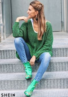 e606f2c23e Green V Neck Batwing Sleeve Loose Sweater Loose Sweater