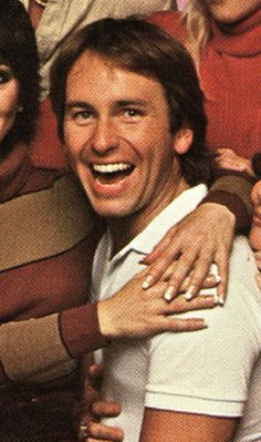 My favorite tv show character - John Ritter. in his comedic roles as Jack Tripper from Three's Company and Two's a Crowd. John Ritter, Funny People, Funny Guys, Three's Company, Msv, Famous Stars, Before Us, Man Humor, Famous Faces