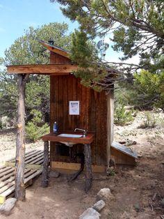 Separett Composting Toilets – Composting Toilets USA outhouse with Separett composting toilet Outside Toilet, Outdoor Toilet, Outdoor Sinks, Outdoor Bathrooms, Outdoor Chairs, Composting Toilet, Worm Composting, Outhouse Bathroom, Outside Showers