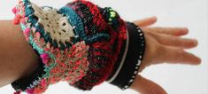 Queen Fashion, Textiles, Friendship Bracelets, Microbiology, Lab, Jewelry, Embroidery, Jewerly, Artworks
