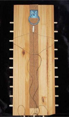 Macramé knotting board