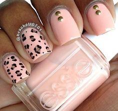 uñas leopardo rosa pastel