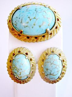 Weiss Brooch and Earring Set Faux Turquoise by ToadSuckTreasures