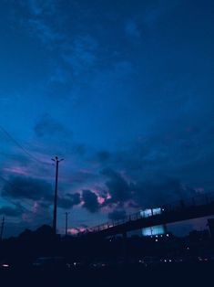 Imagine sky, blue, and aesthetic Blue Aesthetic Dark, Rainbow Aesthetic, Night Aesthetic, Aesthetic Colors, Aesthetic Photo, Aesthetic Pictures, Aesthetic Backgrounds, Aesthetic Wallpapers, Everything Is Blue