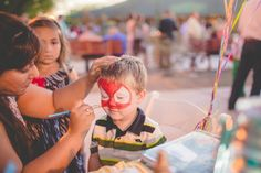Have lots of kids attending the wedding? Face paint is a wonderful way to keep them entertained and included in part of the fun!