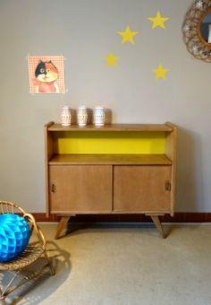 Meuble de rangement des années 50 Chêne et jaune Pop www.banaborose.com