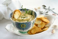 Rich and delicious perfect as a dip or accompaniment to your main course. Bread Appetizers, Vegan Appetizers, Appetizer Recipes, Delicious Vegan Recipes, Vegetarian Recipes, Healthy Recipes, Free Recipes, Healthy Food, Healthy Eating