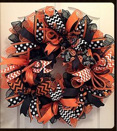 Halloween Orange and Black Deco Mesh Wreath/Halloween Wreath/Orange and Black Wreath/Fall Wreath/Autumn Wreath - You will love decorating your home this fall when you display this Halloween Orange and Black Deco - Wreath Crafts, Diy Wreath, Wreath Ideas, Ribbon Wreath Tutorial, Tulle Wreath, Burlap Wreaths, Wreath Making, Autumn Wreaths, Wreath Fall