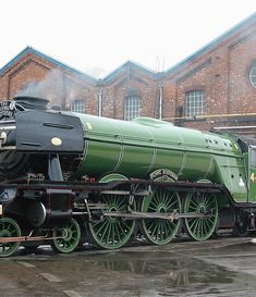 The Flying Scotsman – the most famous steam locomotive in the world, is back again in steam. Steam Pictures, Train Pictures, Steam Trains Uk, Pullman Train, Train Vacations, Heritage Railway, Flying Scotsman, Vintage Trains, National Railway Museum