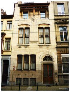 Victor Horta  Maison Autrique, 1893  Première maison bourgeoise de style Art Nouveau  226, chaussée de Haecht, 1030 Schaerbeek