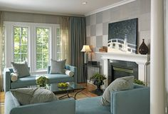 love the walls--wall treatment is18-inch squares of grasscloth wall covering applied in a checkerboard pattern.