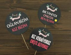 El Pankartları - Konuşma Balonları Kişiye Özel Tasarımlar - Daha fazlası için www.yosunbutik.com ziyaret ediniz! yosunbutik@gmail.com … Okumaya devam et →