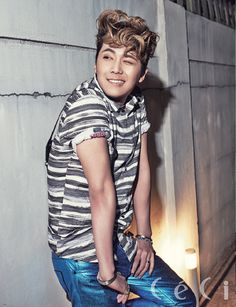 Lee Hong Ki in CeCi's May Issue