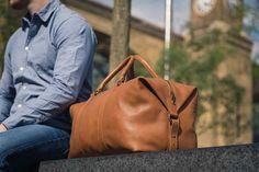 Echtes Leder Duffle / Seesack von Fox Archer - Karamell Tan Leather Duffle Wochenende Holdall Reisen Gym Bag