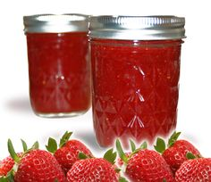 3 Ingredient Homemade Strawberry Syrup